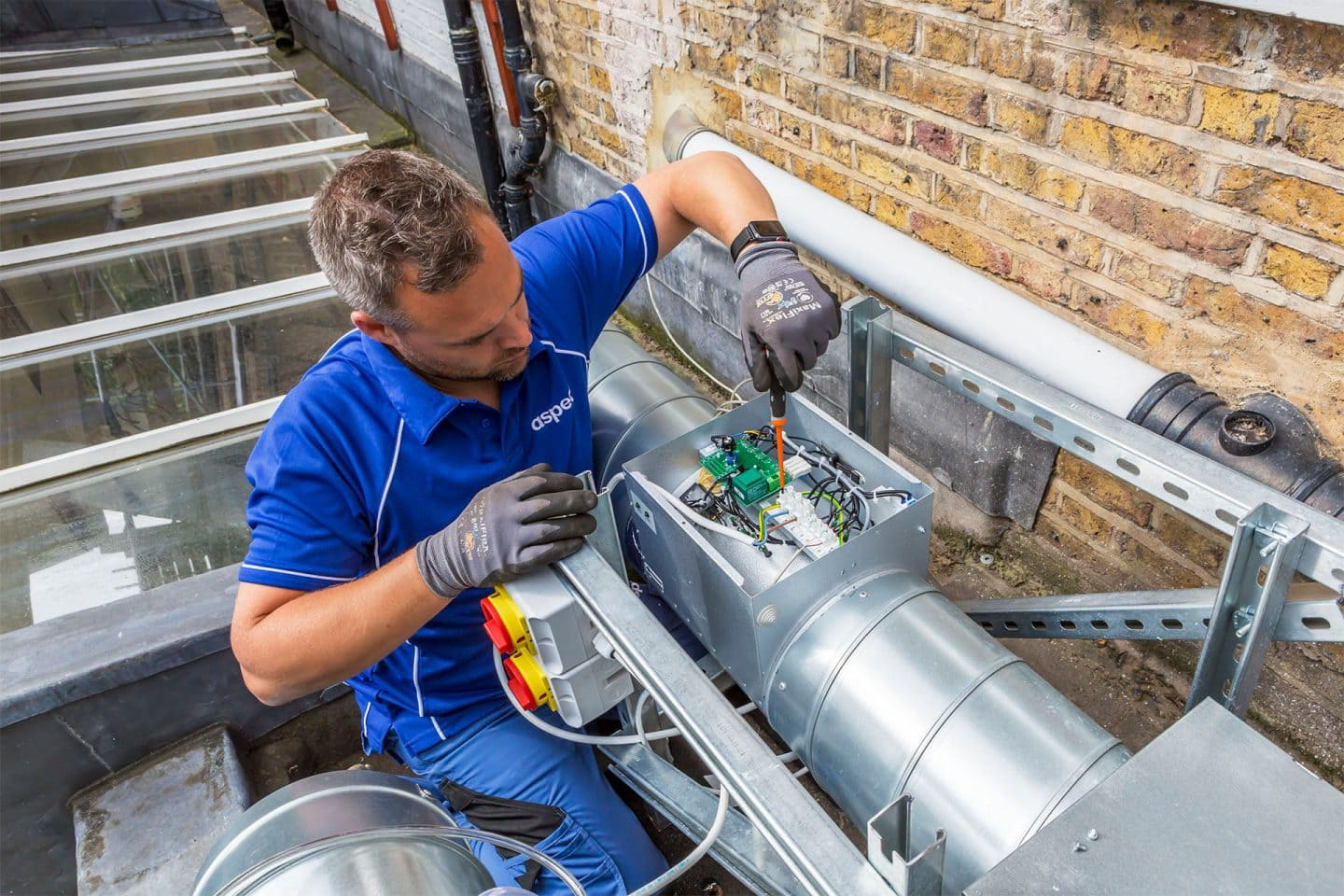 Commercial kitchen ventilation installation and repairs