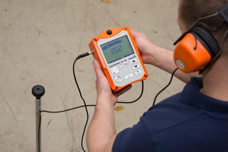 Leak detection techniques - ground acoustic / microphone
